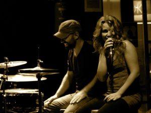 Heidi on stage with Patax Trio (Jorge Perez) at Bougui Jazz Club, Madrid